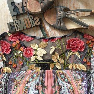 ARATTA SILENT JOURNEY Butterfly Top